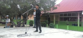 Iwo Lingga Journalist Goes to School SMA Negeri 2 Singkep